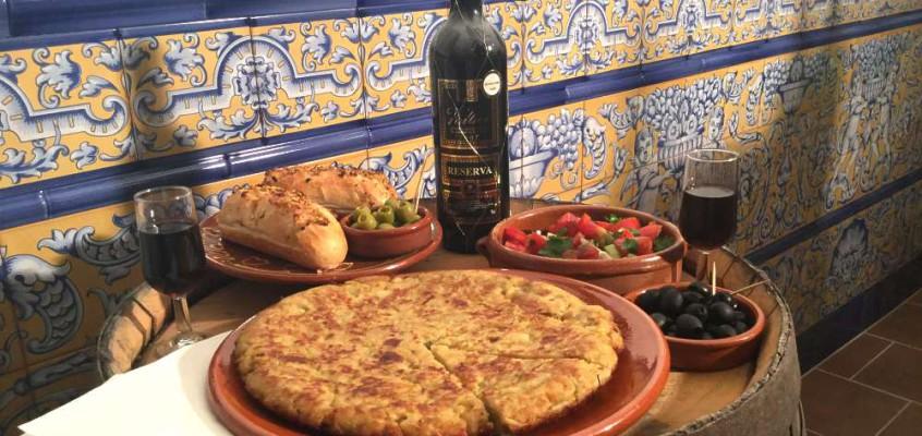 Tortilla de patatas: Spansk potettortilla
