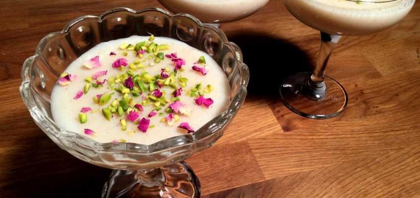 Ferni: Afghansk krydret melkepudding