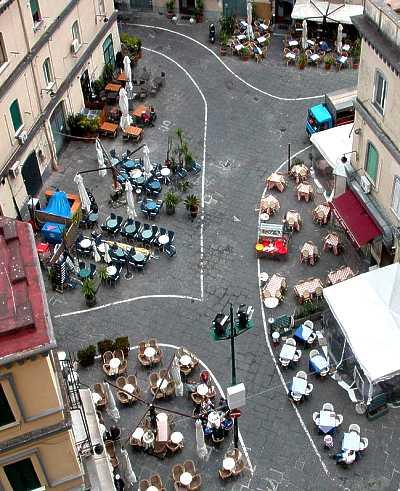 ita_Piazzeta_Napoli