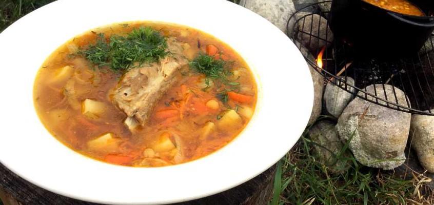 Sup horokhovyj: Fyldig ukrainsk splittertesuppe